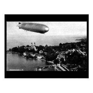 Alte Postkarte - Luftschiff über Friedrichshafen