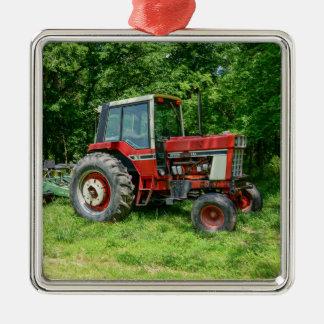 Alter internationaler Traktor Quadratisches Silberfarbenes Ornament