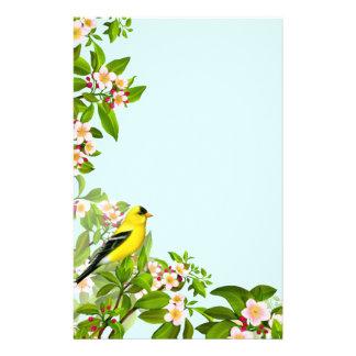 Amerikanischer Goldfinch-Vogel im Briefpapier
