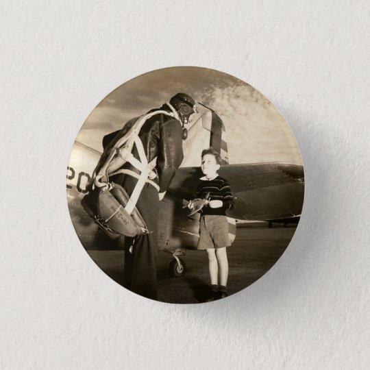 Amerikanischer Militärpilot 1940 und Jungejunge Runder Button 2,5 Cm