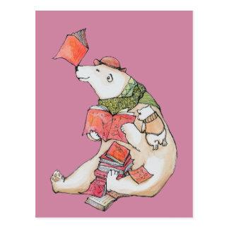 Amours d'ours blanc pour lire la carte postale