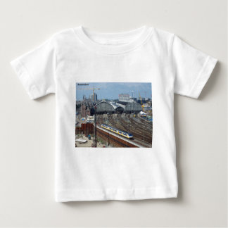 Amsterdam_centraal_side [kan.k] baby t-shirt
