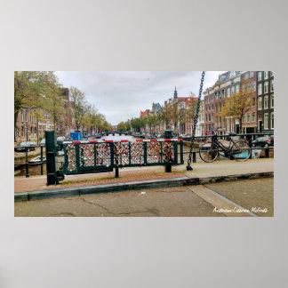 Amsterdam, niederländische Liebe-Verschluss-Brücke Poster