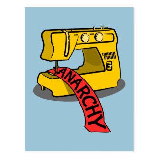Anarchie-gelbe Nähmaschine Postkarte