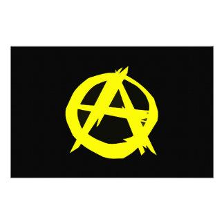 Anarcho Kapitalismus-Schwarzes und gelbe Flagge Druckpapiere