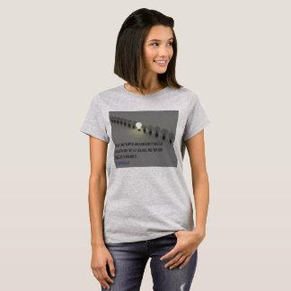 Ändern Sie geschieht nur (1) Shirt