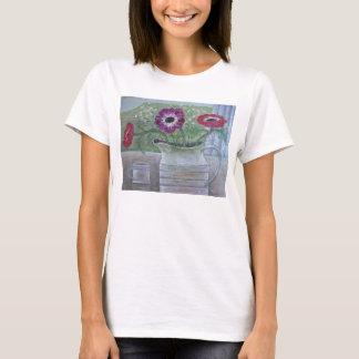 Anemonen in weißem Krug 2013 T-Shirt