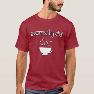 Angetrieben durch Chai T-Shirt