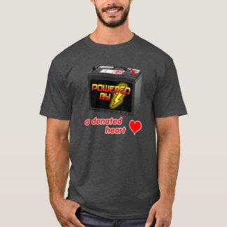 Angetrieben durch einen gespendeten Herz-T - Shirt