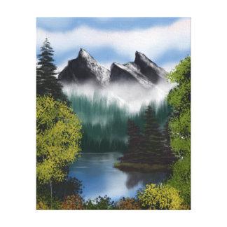 Ansicht der nebelhaften Berge Leinwanddruck