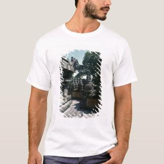 Ansicht einer unteren Galerie mit Balustraden T-Shirt