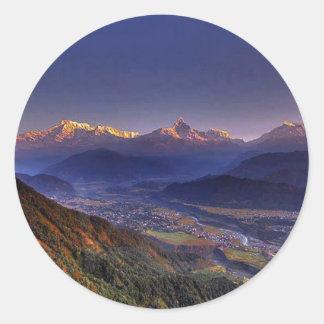 Ansicht-Landschaft: HIMALAJA POKHARA NEPAL Runder Aufkleber