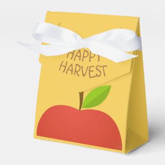 Apple und eine Hälfte Geschenkschachtel