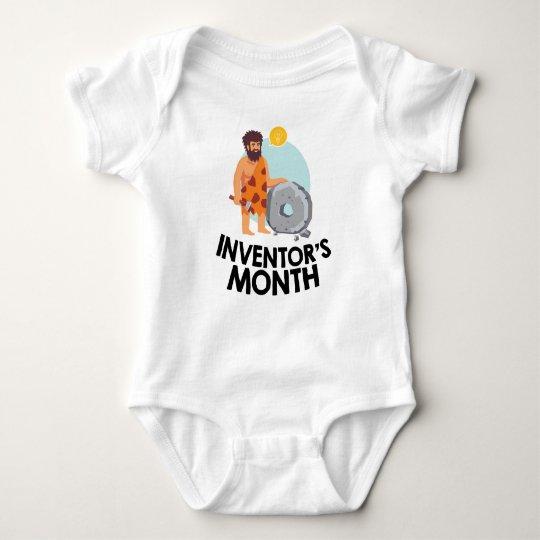 April - der Monat des Erfinders Baby Strampler