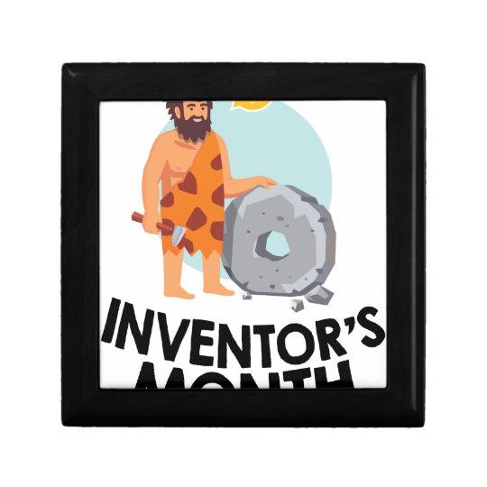 April - der Monat des Erfinders Kleine Quadratische Schatulle
