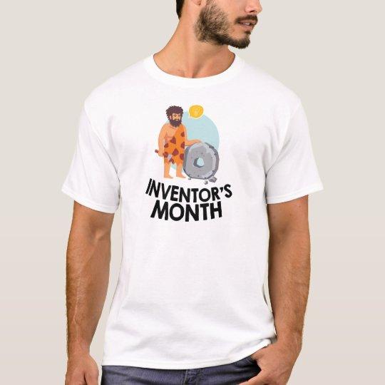 April - der Monat des Erfinders T-Shirt