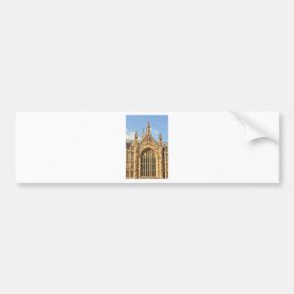 Architekturdetail des gotischen Fensters Autoaufkleber