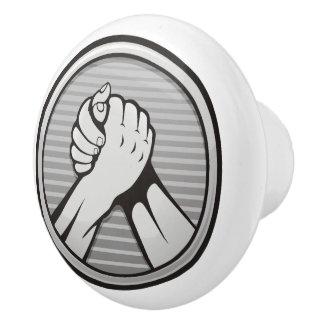 Arm-Wrestling Silber Keramikknauf
