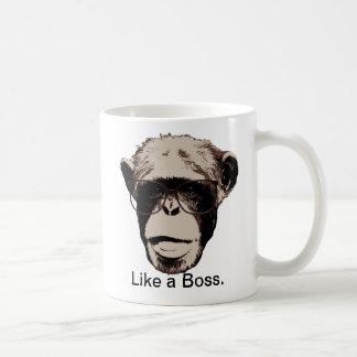 Art-Schimpanse in den Gläsern Kaffeetasse