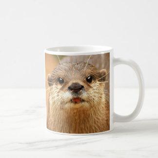 Asiatischer kleiner gekratzter Otter Kaffeetasse