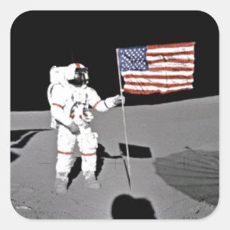 Astronaut Alan Shepard, amerikanische Flagge auf Quadratischer Aufkleber