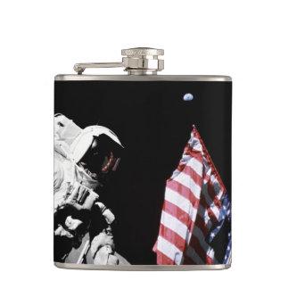 Astronauten-Flaggen-Erdmond-Foto der NASAs Apollo Flachmann