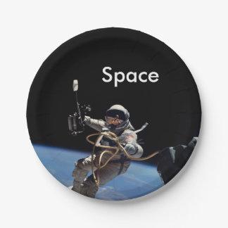 Astronauten-Weltraumspaziergang Pappteller 17,8 Cm