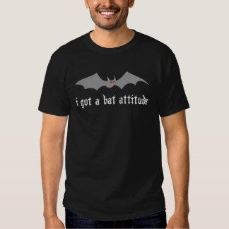 Attitude de batte tee-shirts