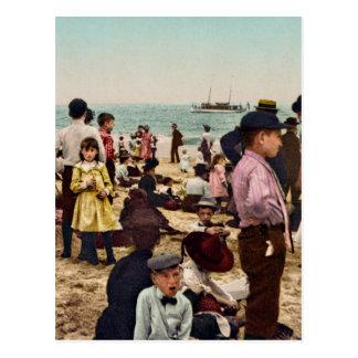 Auf dem Strand bei Coney Island New York Postkarte