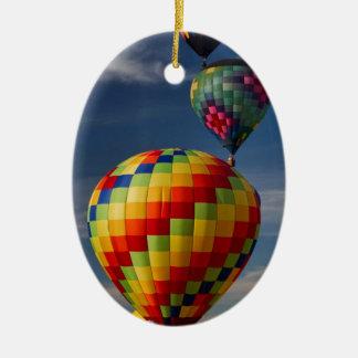 Ausgezeichnetes Heißluft-Ballon-Rennen Decatur Ovales Keramik Ornament