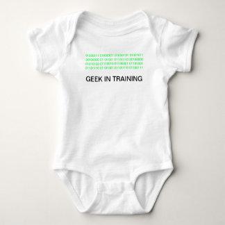 AUSSENSEITER IM TRAINING BABYBODY