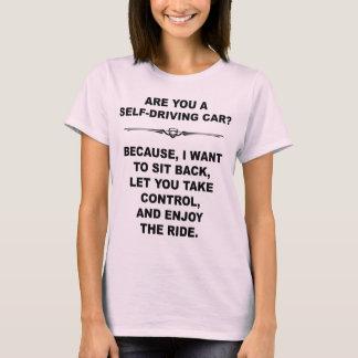 Auto Selbst-Fahrend, heben Sie Linie auf T-Shirt
