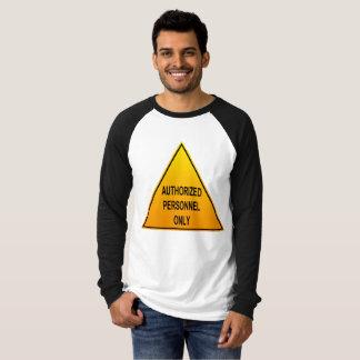 Autorisierter Personal-nur langer Hülsen-T - Shirt