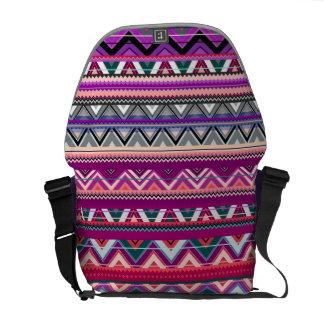 Azteke #8 - Lila Tasche Kuriertaschen