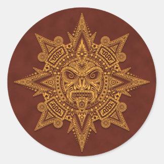 Aztekische Sun-Maske - goldenes Rot Runder Aufkleber