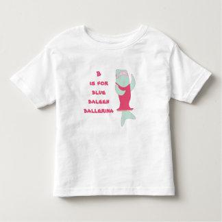 B ist für Baleenballerina Kleinkind T-shirt