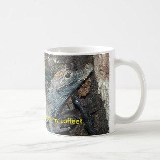 Baby-Alligator scheine ich ohne meinen Kaffee Kaffeetasse