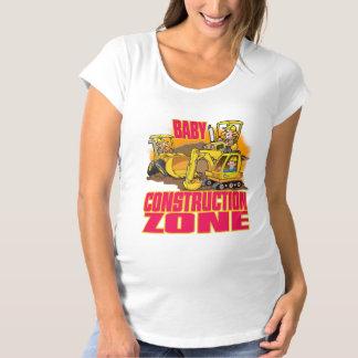 Baby-Bau-Zone das t-Shirt der Frauen Mutterschafts