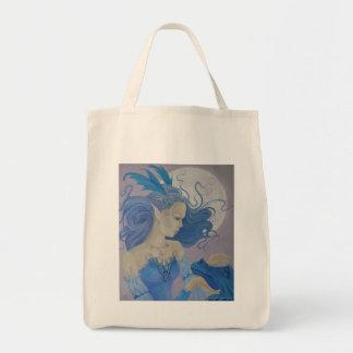 Baby-Blau trägt Tasche