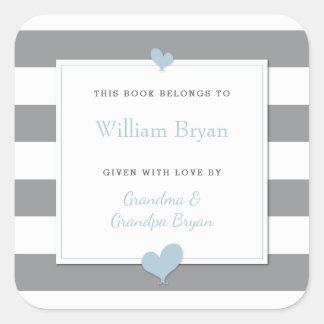 Baby-Buchzeichen-Grau Stripes hellblaue Herzen Quadratischer Aufkleber