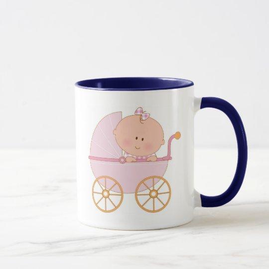 Baby im Wagen Tasse