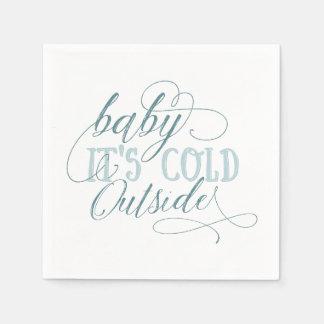 Baby ist es kaltes äußeres papierservietten