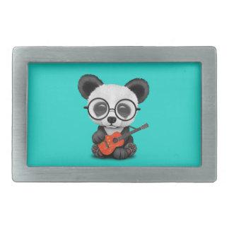 Baby-Panda, der chinesische Flaggen-Gitarre spielt Rechteckige Gürtelschnalle