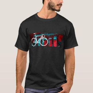 Bahn-Fahrrad Berlin - rotes Blau T-Shirt