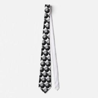Ball 8 krawatte
