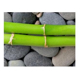 Bambus und Kiesel Postkarte