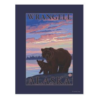 Bär und CUB - Wrangell, Alaska Postkarte