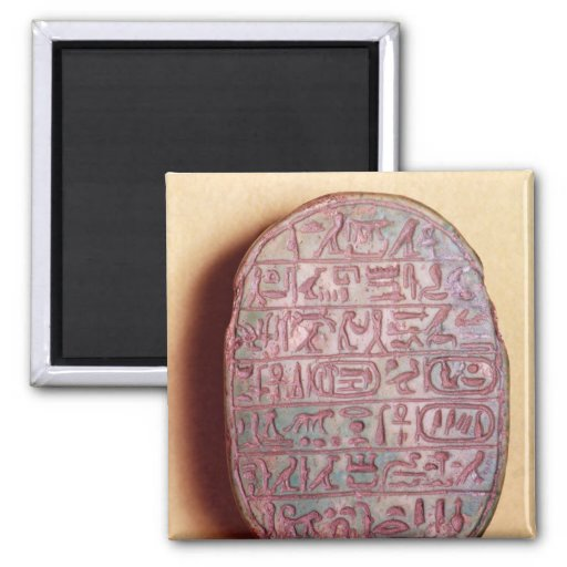Base d'un scarabée de mariage d'Amenhotep III Aimant