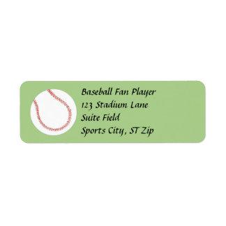 Baseball auf grünen Adressen-Etiketten