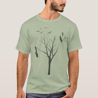 Baum und Vögel - das T-Shirt der Männer